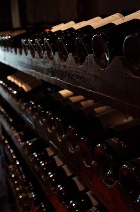 cellar-classic-shelves-774455